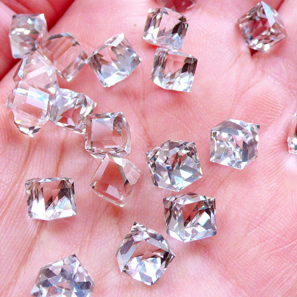 Cubic Glass Crystal with Flat Back Silver Foiled Corner | Square Cube Shaped Rhinestones | Glue On Square Glass Jewel | Faceted Gemstones | Jewellery Supplies (6pcs / 6mm / Clear)