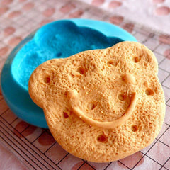 Bear Cookie Mold Biscuit Mold 33mm Silicone Flexible Mold Kitsch Sweets Jewelry Charms Kawaii Cellphone Deco Mold Polymer Clay Mold MD158