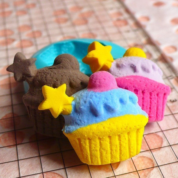 Cupcake with Star (25mm) Silicone Mold Flexible Mold - Miniature Food, Sweets, Jewelry, Charms (Clay, Fimo, Resins, Fondant) MD316