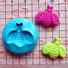 Insect / Fly (18mm) Silicone Flexible Mold Push Mould Cupcake Jewelry Charms (Fimo Resins Wax Plaster Soap Gum Paste Candy Fondant) MD416