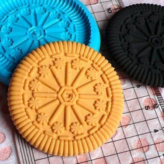 Flexible Silicone Mold Round Cookie Biscuit 45mm Kawaii Deco Sweets Mold Food Fimo Polymer Clay Charms Cabochon Resin Wax Push Mold MD127