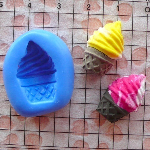 Ice Cream Sundae with Cone (20mm) Silicone Mold Flexible Mold - Miniature Food, Sweets, Jewelry Charms (Clay Fimo Resin Epoxy Fondant) MD293