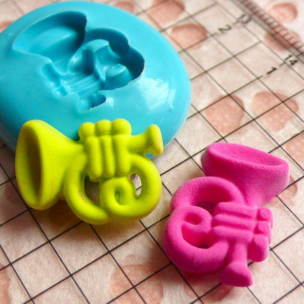 Scrapbooking Mold Music Mold Trumpet 17mm Silicone Flexible Mold DIY Jewelry Cabochon Polymer Clay Fondant Gumpaste Cupcake Topper MD693
