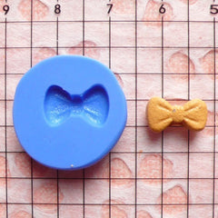 Bow Mold Bowtie Mold 11mm Flexible Silicone Mold Kawaii Mold Decoden Mold Nail Art Supplies Nail Decoration Mold Tiny Cupcake Topper MD720