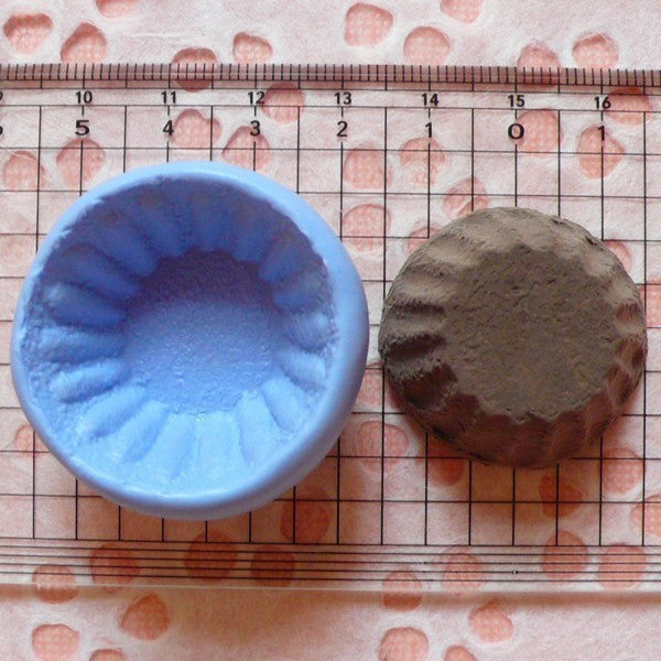 Cupcake / Tart Bottom (32mm) Flexible Mold Silicone Mold - Miniature Food, Sweets, Jewelry, Charms (Clay, Fimo, Resins, Wax, Soap) MD123