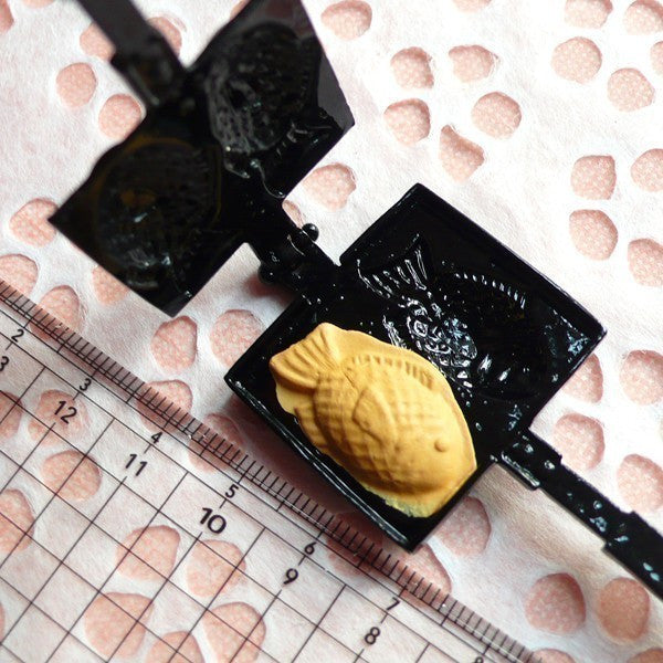 Mold / Mould - Taiyaki Fish Shaped Waffle Maker for Making Miniature Food / Sweets / Dessert (Resin Clay, Paper Clay, etc) MI09