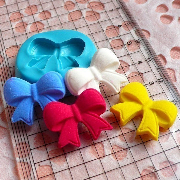 Ribbon / Bow (21mm) Silicone Flexible Push Mold - Jewelry, Charms, Cupcake (Clay, Fimo, Casting Resins, Epoxy, Wax, GumPaste, Fondant) MD471
