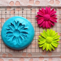 Coneflower Feverfew Chrysanthemum (28mm) Silicone Flexible Flower Mold Cupcake Jewelry Charms Resin Paper Clay Fimo Gumpaste Fondant MD582