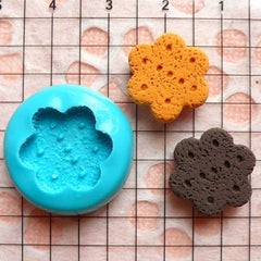 Silicone Mold Flexible Mold - Flower Shaped Cookie / Biscuit (15mm) Miniature Food, Jewelry, Charms (Resin, Paper Clay, Fimo) MD147