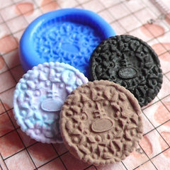Round Cookie / Biscuit (16mm) Silicone Mold Flexible Mold - Miniature Food, Sweets, Jewelry, Charms (Clay, Fimo, Resin, Wax, Fondant) MD124