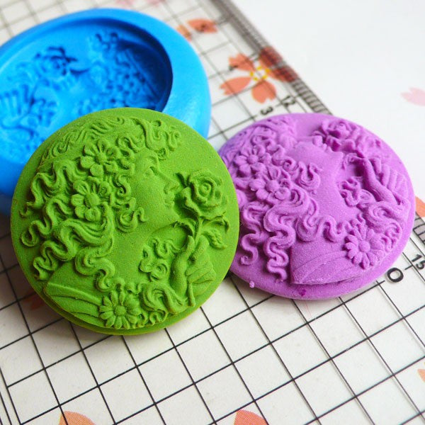 Round Victorian Lady Cameo (28mm) Silicone Flexible Butter Push Mold Jewelry Making Fimo Polymer Clay Resin Scrapbooking Cake Deco MD624