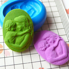 Mother and Child Cameo (25mm) Silicone Flexible Push Mold - Jewelry, Charms, Cupcake (Clay, Fimo, Casting Resins, Wax, Fondant) MD627
