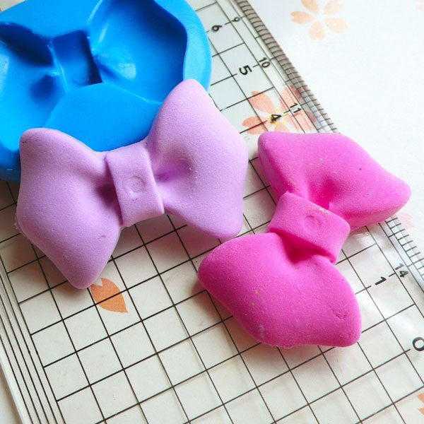 Bow Tie Mold Ribbon Mold 34mm Silicone Flexible Mold Cupcake Topper Gum Paste Mold Fondant Cake Decoration Jewelry Resin Mold Clay MD487