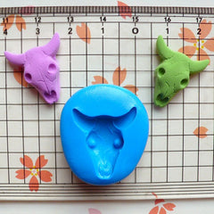 Bull Head Skull / Skeleton (21mm) Silicone Flexible Push Mold - Jewelry, Charms, Cupcake (Clay Fimo Epoxy Resin Wax GumPaste Fondant) MD422