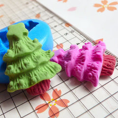 Christmas Tree (26mm) Silicone Flexible Push Mold Butter Mold Cake Decoration Cupcake Topper Mold Fondant Gumpaste Fimo Polymer Clay MD679