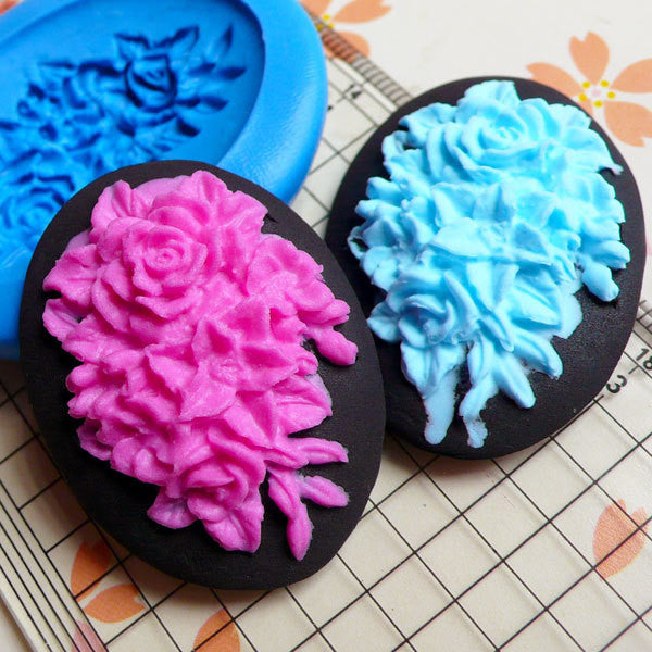 Oval Flower / Rose Cameo (39mm) Silicone Flexible Push Mold Charms Cupcake Topper Polymer Clay Premo Fondant Gumpaste Butter Mold MD618