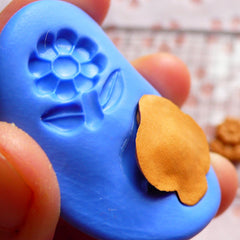 Mother and Child Cameo (25mm) Silicone Flexible Push Mold - Jewelry, Charms (Clay Fimo Soap Casting Resin Epoxy Fondant Gum Paste) MD630