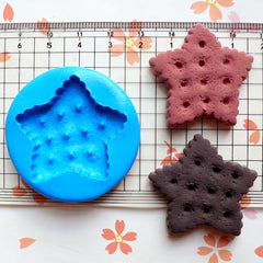 Star Shaped Cookie / Biscuit (35mm) Silicone Flexible Push Mold - Miniature Food, Jewelry, Charms (Resin, Paper Clay, Fimo, Gum Paste) MD156