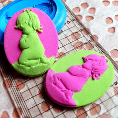Baby Girl Cameo Butter Mold Silicone Mold 40mm Flexible Mold Jewelry Pendant Fimo Polymer Clay Wax Scrapbooking Resin Gumpaste Fondant MD746