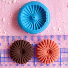 Cookie Mold Round Biscuit Silicone Flexible Mold 28mm Kawaii Miniature Sweets Fimo Polymer Clay Kitsch Jewelry Cabochon Charms Resin MD187