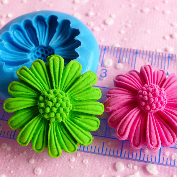 Chrysanthemum Coneflower Feverfew Flower Mold 27mm Flexible Silicone Mold Cupcake Topper Gumpaste Fondant Wax Fimo Polymer Clay Resin MD812