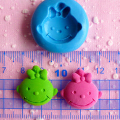 Baby Girl Flexible Silicone Mold 22mm Kawaii Baby Shower Mini Cupcake Topper Mold Polymer Clay Mold Fondant Gumpaste Scrapbooking Mold MD542
