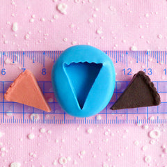 Cheese Cake Slice 22mm Flexible Silicone Mold Dollhouse Miniature Sweets DIY Kitsch Jewelry Food Cabochon Kawaii Cabochon Polymer Clay MD325