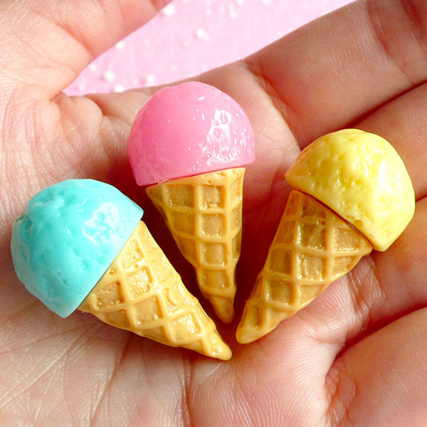 3D Ice Cream Cabochon (3pcs / 18mm x 33mm / Pink, Blue & Yellow) Kawaii Sweets Deco Miniature Icecream Japanese Decoden Doll Food FCAB017