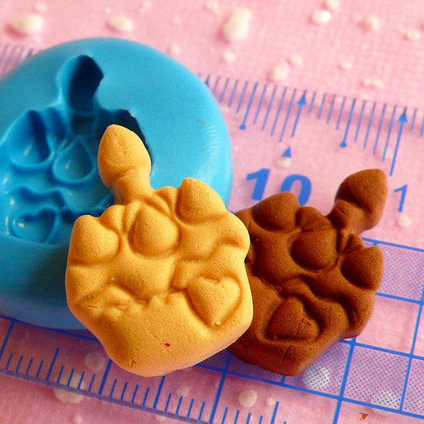 Birthday Cake Mold w/ Candle 21mm Silicone Mold Flexible Mold Kawaii Miniature Sweets Cabochon Kitsch Jewelry Charms Polymer Clay Fimo MD656