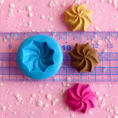 Swirl Cookie Mold Biscuit Mold 22mm Flexible Mold Silicone Mold Miniature Food Kawaii Decoden Sweets Charms Polymer Clay Fimo Resin MD195