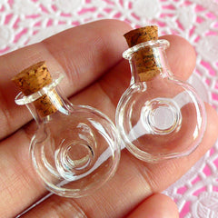 Small Glass XO Bottle w/ Cork (25mm x 20mm / 2 pcs) Miniature Jar Tiny Vial Mini Vile Dollhouse Bottle Kitsch Charm Making Pendant DIY MC16