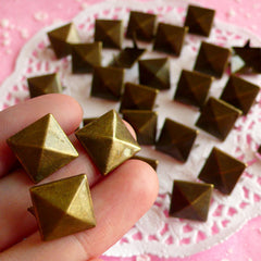 Rivet / COPPER BRONZE Metal Pyramid Rivet Studs Square Rivet 12mm (around 50pcs) for Cell Phone Deco / Leather Craft / Jean Button, etc RT09