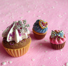 Mini Heart Cabochon Set (Gold) (5pcs) (4mm) Fake Miniature Cupcake Topper Nail Art Decoration Scrapbooking NAC045