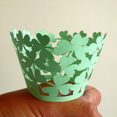 Cupcake Wrappers - Light Green Leaf - Laser Cut Green Cupcake Wrapper - Cake Deco / Cupcake Decoration / Packaging (6pcs) CUP05