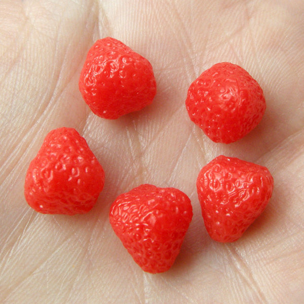 Dollhouse Strawberry Cabochons (5pcs / 9mm x 11mm / 3D) Kawaii Miniature Sweets Cell Phone Deco Fake Fruit Jewelry Food Cabochon FCAB049