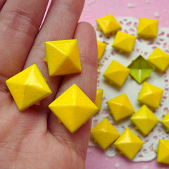 Rivet / YELLOW Color Metal Pyramid Rivet Studs Square Rivet 12mm (around 50pcs) Cell Phone Deco / Leather Craft / Jean Button, etc RT19