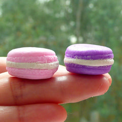 Fimo Macaron Cabochon (4pcs by RANDOM / 24mm x 12mm / 3D) Miniature Sweets Jewelry Making Kawaii Polymer Clay French Dessert Decoden FCAB059