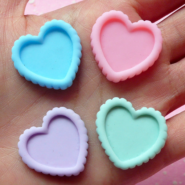 Miniature Tart Bottom Cabochon in Heart Shape (4pcs / 24mm x 23mm / Pastel Color Mix) Kawaii Resin Cabochon Dollhouse Sweets Deco FCAB055