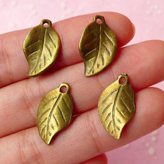 Antique Bronzed Leaf Charms (4pcs) (18mm x 10mm) Metal Finding Pendant Bracelet Earrings Zipper Pulls Bookmarks Key Chains CHM014