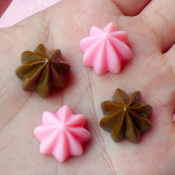 Kawaii Deco Cream Cabochon / Whip Cream Cabochons (4pcs / 15mm x 10mm / Chocolate & Strawberry / Flatback) Faux Frosting Fake Icing FCAB063