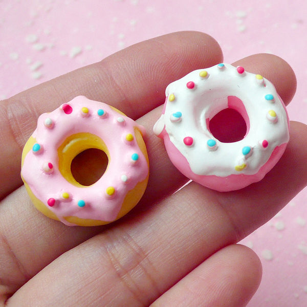Kawaii Resin Donut Cabochon / Miniature Doughnut Cabochon (2pcs / 22mm) Dollhouse Sweets Whimsy Decoden Phone Case Embellishment FCAB069
