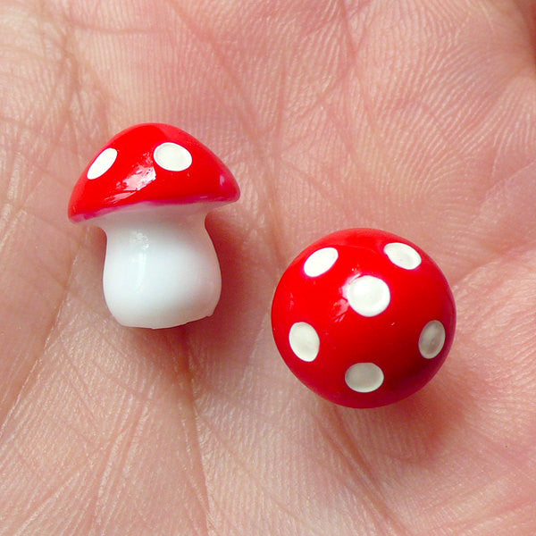 3D Mushroom Cabochon / Miniature Mushroom (2pcs / 11mm x 13mm / Red) Kawaii Fairy Tale Embellishment Fairy Garden Terrarium Making CAB188