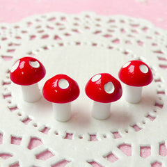 Polka Dot Mushroom Cabochon / 3D Terrarium Plant (4pcs / 8mm x 11mm / Red) Miniature Fairy Garden Alice in Wonderland Jewelry Making CAB195