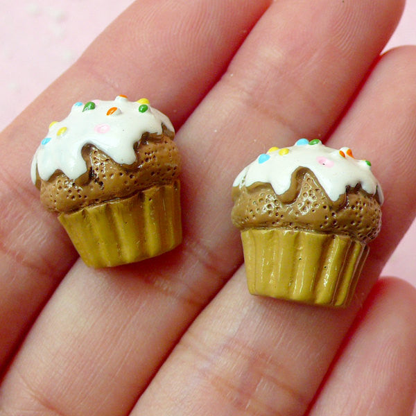 Miniature Food Jewelry / Cupcake Cabochon (2pcs / 16mm x 17mm / Flatback) Dollhouse Sweets Decoden Kawaii Cell Phone Deco Scrapbook FCAB104