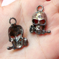 Skull Charms Skeleton Charm w/ Rose (4pcs) (19mm x 28mm / Gunmetal) Pendant Bracelet Earrings Zipper Pulls Bookmarks Key Chains CHM168