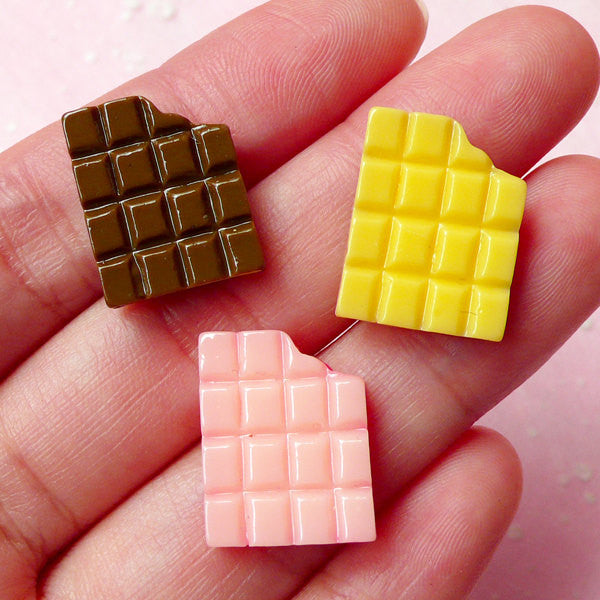 Bitten Chocolate Bar Cabochons (3pcs / 14mm x 18mm / Strawberry, Chocolate & Milk) Kawaii Miniature Sweets Deco Resin Decoden Piece FCAB122