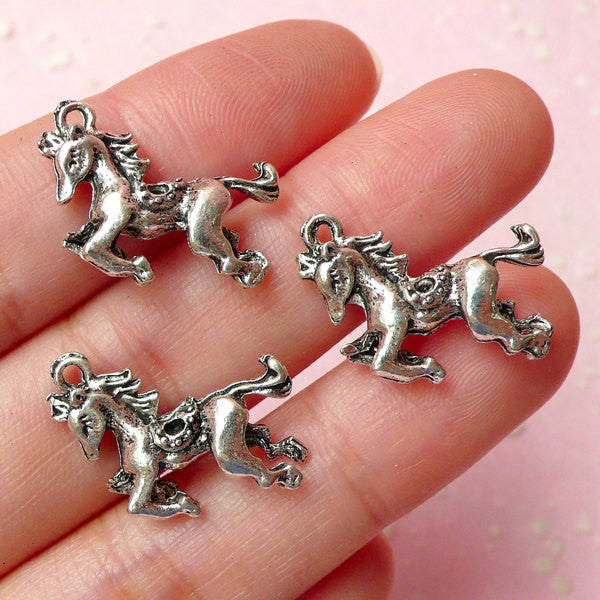 3D Horse Charms (3pcs) (19mm x 15mm / Tibetan Silver / 2 Sided) Animal Pendant Bracelet Earrings Zipper Pulls Bookmark Keychains CHM309