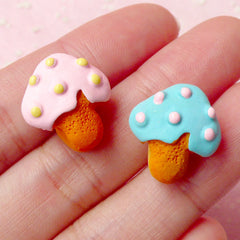 Kawaii Resin Cabochon Mushroom Sugar Cookie Cabochons (2pcs / 16mm x 17mm / Flatback) Miniature Biscuit Dollhouse Sweets Decoden FCAB135