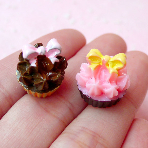 Decoden Cabochon 3D Cupcake Cabochon Miniature Cream Tart Cabochon (2pcs / 14mm x 14mm) Dollhouse Food Craft Kawaii Phone Case Deco FCAB141
