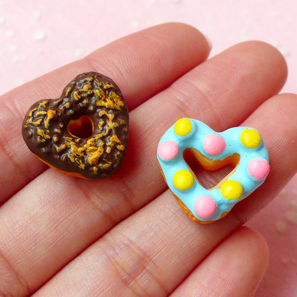 Decoden Cabochon / Heart Doughnut Cabochon / Donut Resin Cabochon (2pcs / 18mm x 16mm) Fake Sweets Jewelry Kawaii Cellphone Deco FCAB145